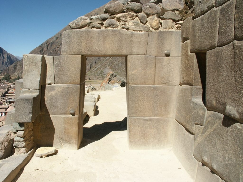 ollantaytambo-gate-www_ancientmysteries_eu-98